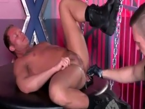 girl first time anal painful