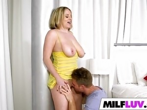 x videos milf big boobs