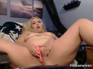 House wife big boobs