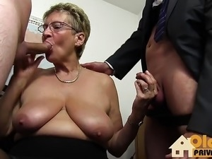 granny anal gaping shemale