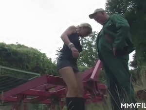 beautiful mature blond video