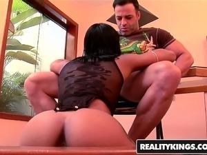 RealityKings - Mike in Brazil - Lap Dance sta