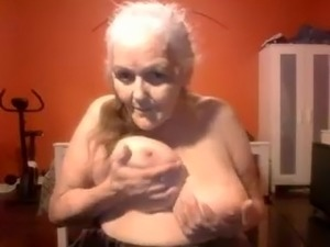 mature boobs xxx