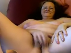 beautiful mature women pictures