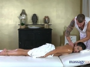 Massage Rooms Spanish tattooed babe gets orgasmic fuck
