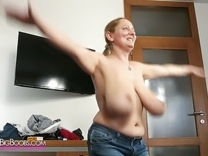amateur saggy boobs wife