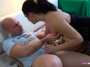 indonesian mature pussy thumbs