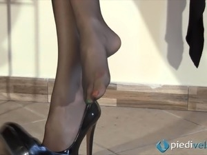 caught in wife pantyhose videos