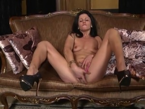 mature lust cunt slut tit pictures