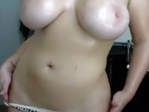 free videos huge tits tube