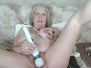 cum on hairy pussy shots