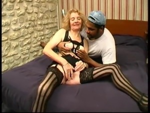 sexy mature grannies tube