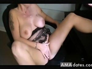 shemale fingers her ass video