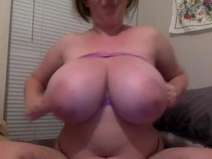 huge tits and cunt lips videos