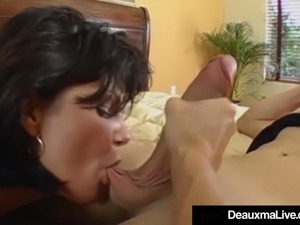deauxma seducing girl free download video