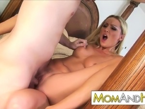 mom porn galleries