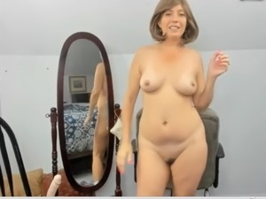 mature webcam boobs