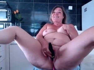 chubby mature grannies galleries