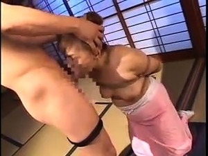 shaving pussy bdsm