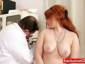 natural red head pussy images