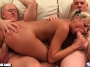 blonde on brunette porn